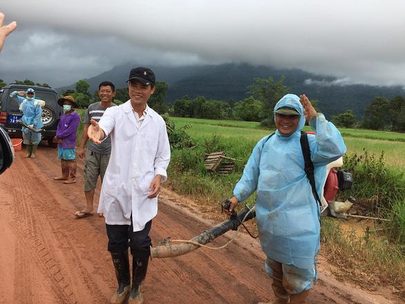 Lính Cụ Hồ sang Lào giúp bạn - Ảnh 18.