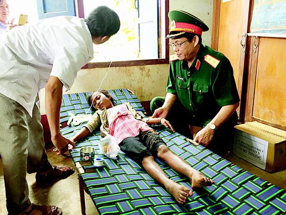 Lính Cụ Hồ sang Lào giúp bạn - Ảnh 16.
