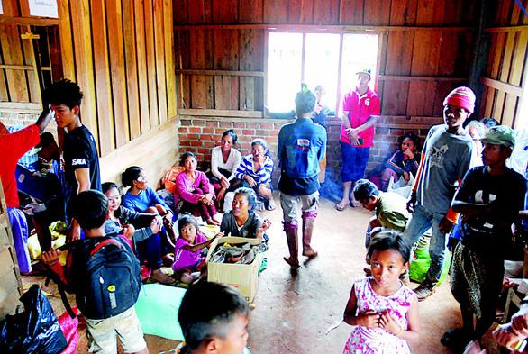 Lính Cụ Hồ sang Lào giúp bạn - Ảnh 7.