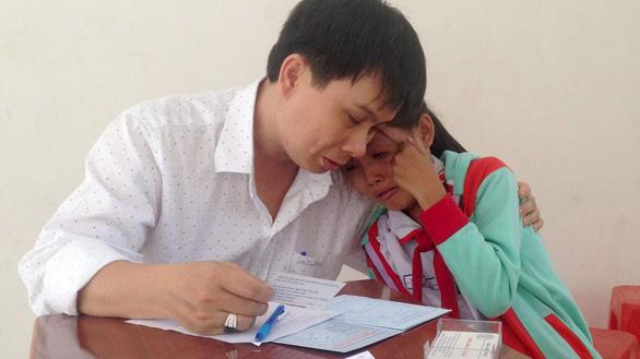 Lê Minh Hiển - người nặng lòng với bệnh nhân nghèo - Ảnh 3.