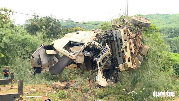 Tai nạn thảm khốc tại Lai Châu, 13 người chết - Ảnh 1.