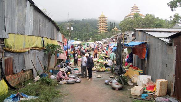 Chợ độc miền Tây - kỳ 5: Chợ Mây núi Cấm - Ảnh 1.