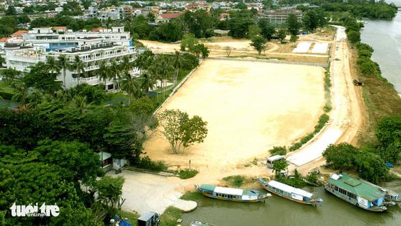 Vụ mua bán vốn nhà nước ở Công ty Hương Giang: Có dấu hiệu bán thấp, mua cao - Ảnh 1.