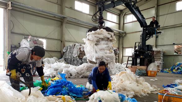 Rác thế giới đổ về Việt Nam - Kỳ 1: Lần theo đường dây nhập rác - Ảnh 4.