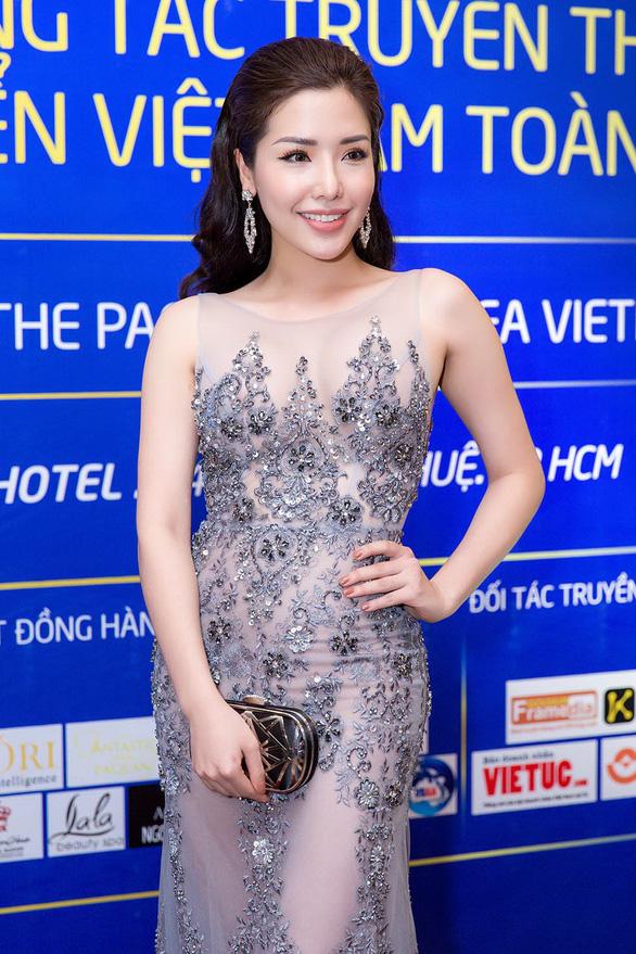 Á hậu Khánh Phương đồng hành cùng Hoa hậu biển  - Ảnh 1.