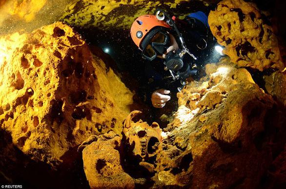 Hang động ngập nước dài nhất thế giới tại Mexico - Ảnh 3.