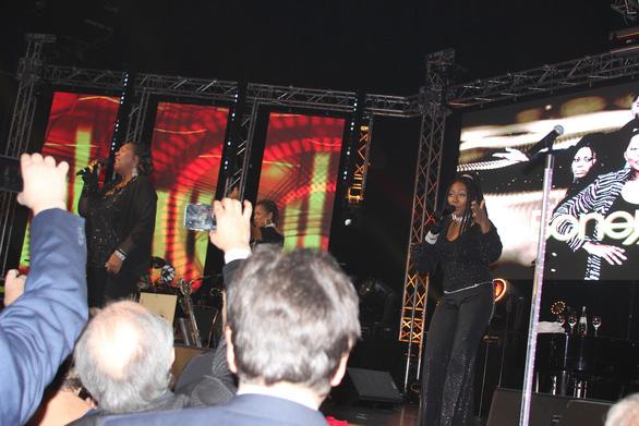 Trọng Hiếu về Đức biểu diễn cùng Boney M - Ảnh 4.