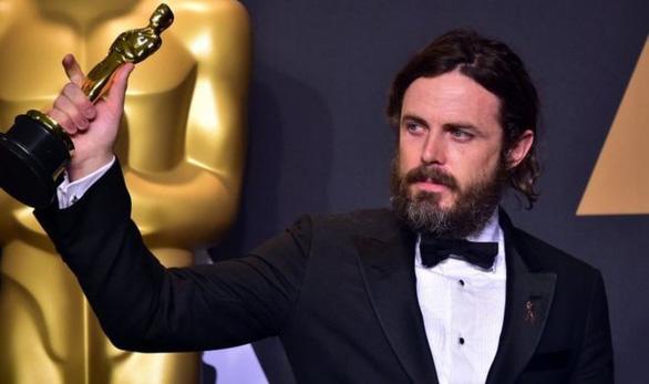 Bê bối tình dục, Casey Affleck từ chối giới thiệu giải thưởng ở Oscar - Ảnh 1.