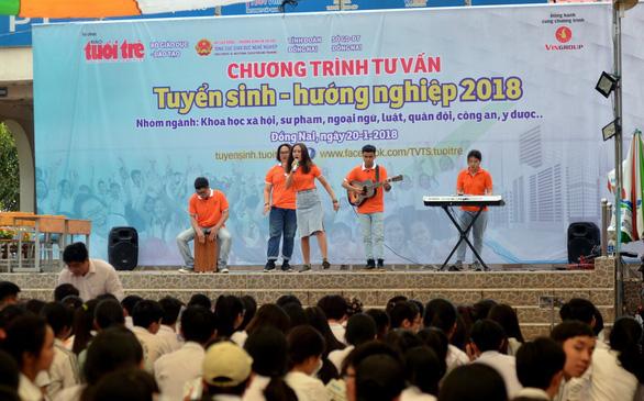 Đề thi THPT quốc gia vẫn giữ ổn định trong các năm - Ảnh 7.
