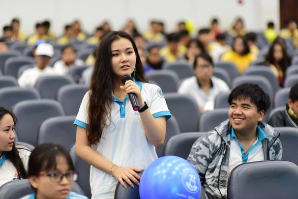 'Thời điểm vàng' để học sinh giải tỏa thắc mắc về kỳ thi THPT quốc gia - Ảnh 5.