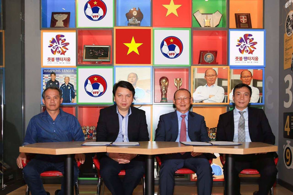 Ông Park Hang Seo và con đường đến với bóng đá Việt Nam - Ảnh 2.