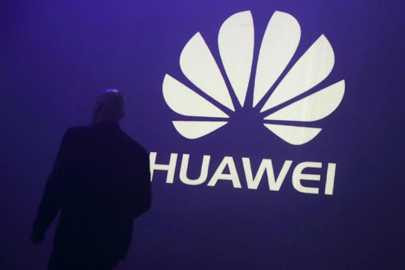 Nghị sĩ Mỹ hối thúc AT&T cắt quan hệ với Huawei - Ảnh 1.