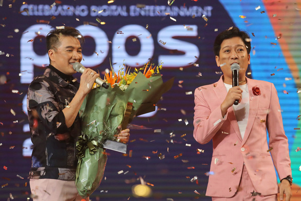 Làm MC, Trường Giang bị khách mời 'chặt chém' - Ảnh 1.