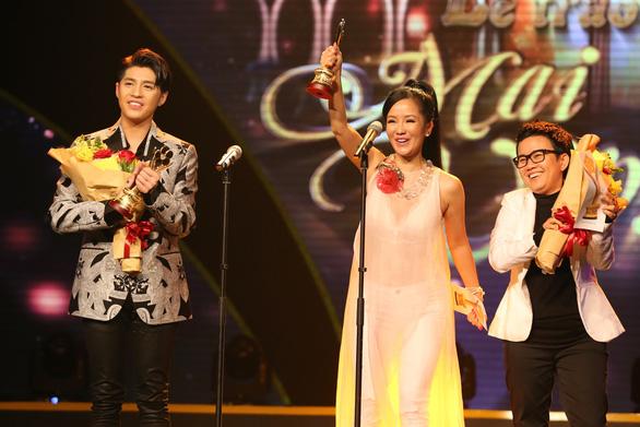 Trường Giang vừa được giải vừa hỏi vợ tại lễ trao giải Mai Vàng 2017 - Ảnh 11.