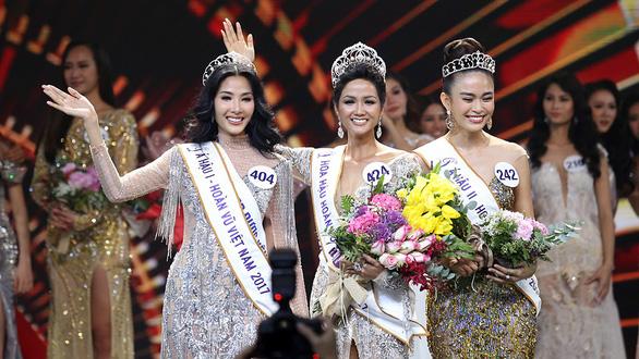 Hoa hậu H'Hen Niê da nâu, răng khấp khểnh: Không vấn đề! - Ảnh 1.