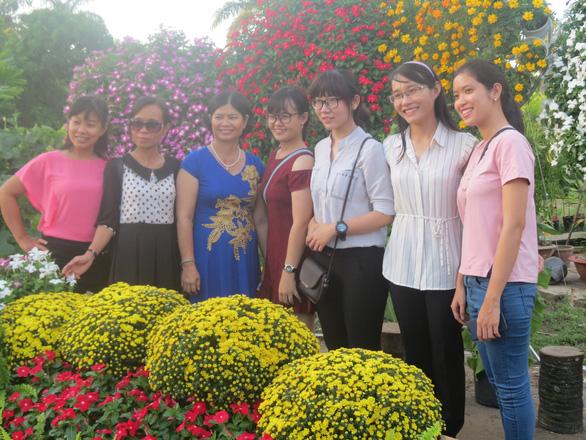 Làng hoa Sa Đéc đón Tết Mậu Tuất - Ảnh 2.