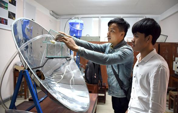 Máy tạo nước ngọt siêu tốc từ nước biển - Ảnh 1.
