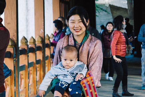 Hạnh phúc là mỉm cười ở Bhutan - Ảnh 8.