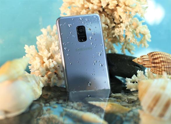 Samsung Galaxy A8, anh cả phân khúc điện thoại di động cận cao cấp - Ảnh 4.