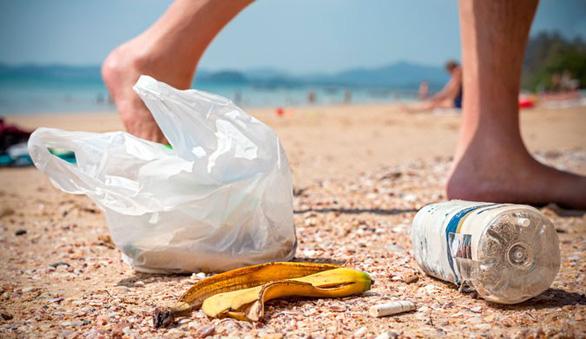 Đi du lịch nhớ gìn giữ môi trường biển - Ảnh 2.