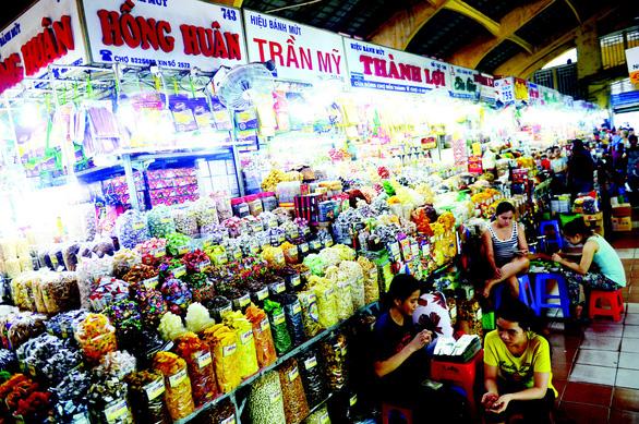 Chợ truyền thống: Muốn sống khỏe, phải thay đổi - Ảnh 1.