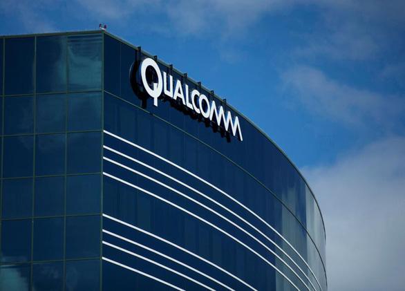 Qualcomm bị phạt 1,2 tỉ USD vì mưu đồ độc quyền chip iPhone - Ảnh 1.