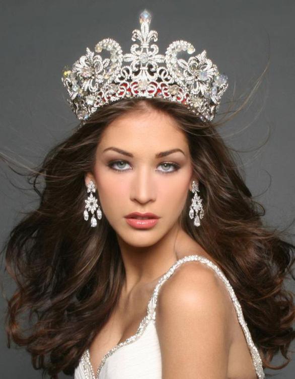 Hoa hậu Dayana làm giám khảo chung kết Hoa hậu Hoàn vũ VN 2017 - Ảnh 8.