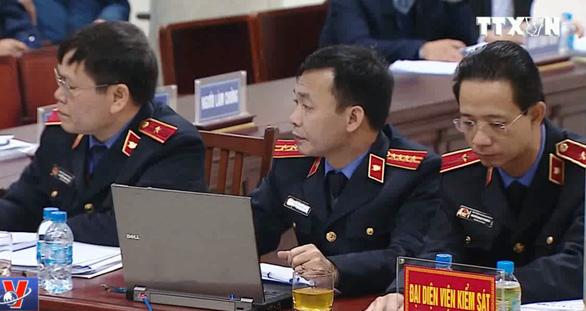 Bị cáo Đinh La Thăng chỉ định thầu cho PVC là có lợi ích nhóm - Ảnh 1.