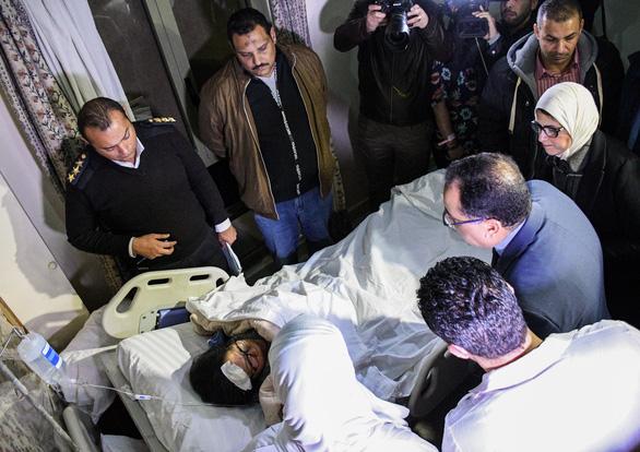 Ngày 2-1: hồi hương thi hài 3 nạn nhân vụ đánh bom ở Ai Cập - Ảnh 1.