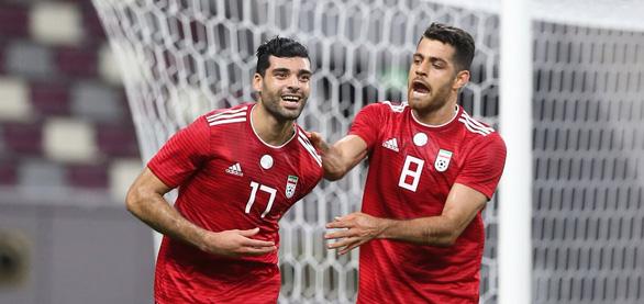 Đá bại Qatar, Iran thị uy trước Việt Nam và các đội ở Asian Cup - Ảnh 1.