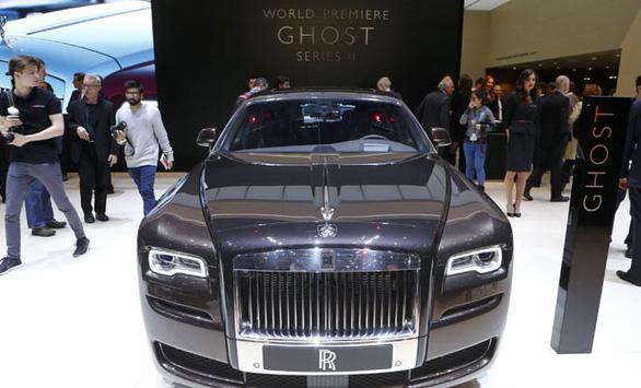 Thế giới mua hơn 4.000 siêu xe triệu đô Rolls-Royce năm 2018 - Ảnh 1.