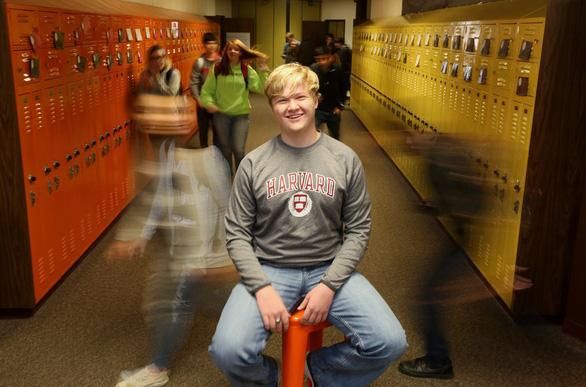 Cậu bé 16 tuổi sắp tốt nghiệp Harvard - Ảnh 1.