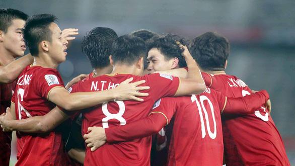 Tuyển Việt Nam còn cửa đi tiếp ở Asian Cup 2019 - Ảnh 1.