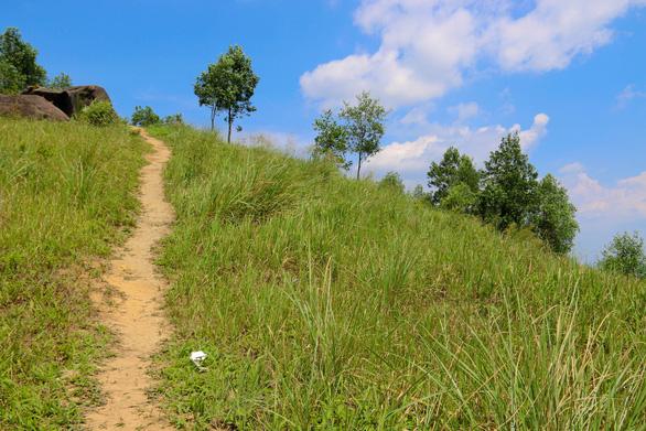 Cuối tuần chinh phục núi Chứa Chan - Ảnh 8.