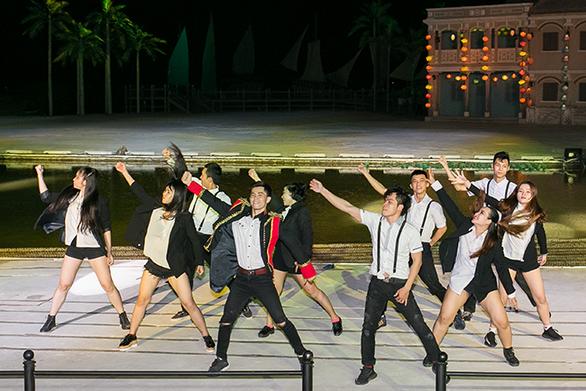 Lưu giữ thanh xuân rực rỡ cùng nhóm nhảy RIO Crew - Ảnh 1.