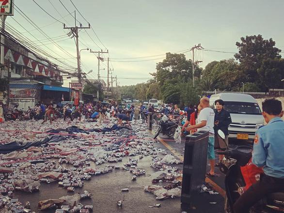 Dân Thái phẫn nộ vì chuyện đem bao tải ra hốt bia lon - Ảnh 4.