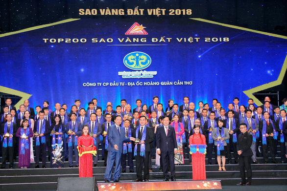 Hoàng Quân Cần Thơ nhận giải Sao Vàng Đất Việt 2018 - Ảnh 1.