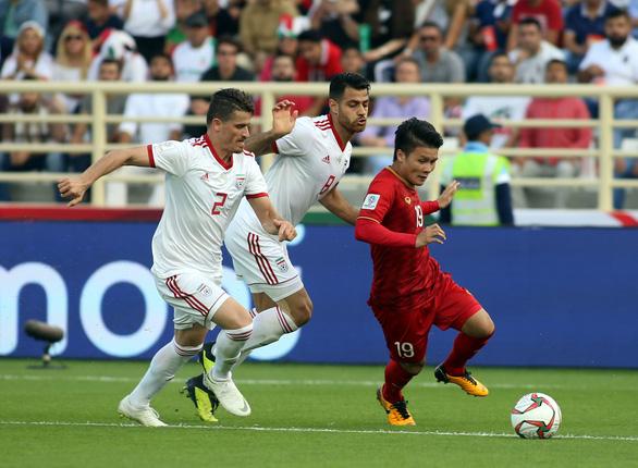 Báo chí châu Á: Iran phải cảm ơn thủ môn Beiranvand - Ảnh 3.