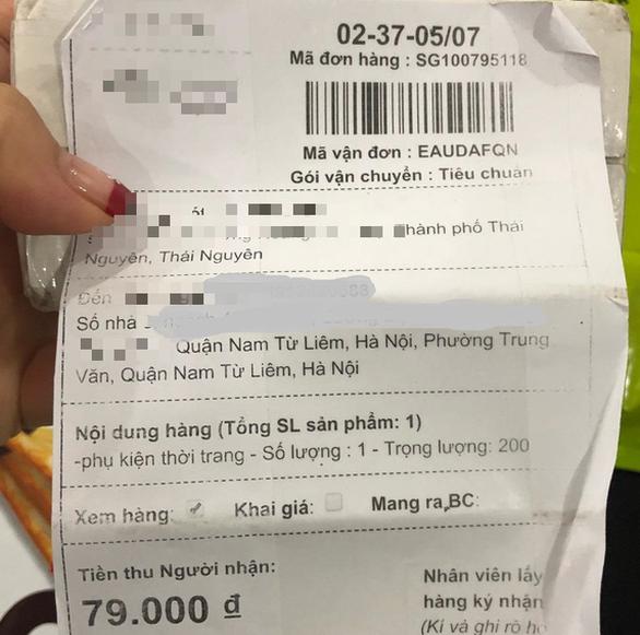 Không đặt hàng bỗng dưng nhận kẹp giấy giá... 79.000 đồng - Ảnh 1.