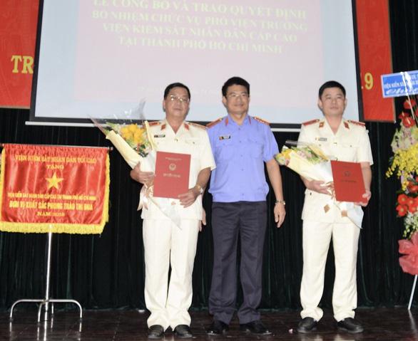 Viện Kiểm sát nhân dân Cấp cao tại TP.HCM có 2 phó viện trưởng mới - Ảnh 1.