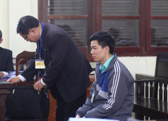 Nguyên giám đốc Trương Quý Dương: Không ai báo cáo là sự cố chạy thận - Ảnh 3.