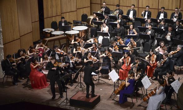 TP.HCM có dàn giao hưởng trẻ SPYO với buổi hòa nhạc đầu tiên - Ảnh 1.