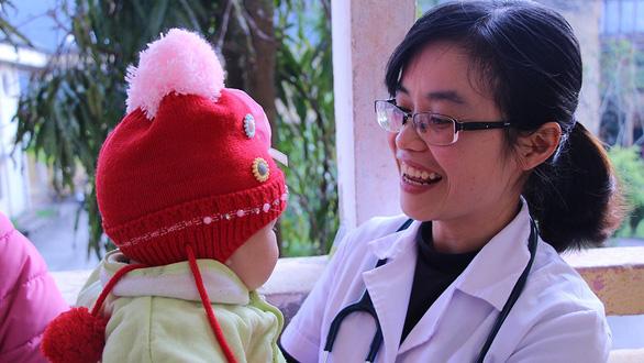 Bác sĩ trẻ tình nguyện về vùng cao - Ảnh 5.