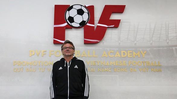 Philippe Troussier: Tôi bị thuyết phục bởi kế hoạch World Cup của PVF - Ảnh 1.