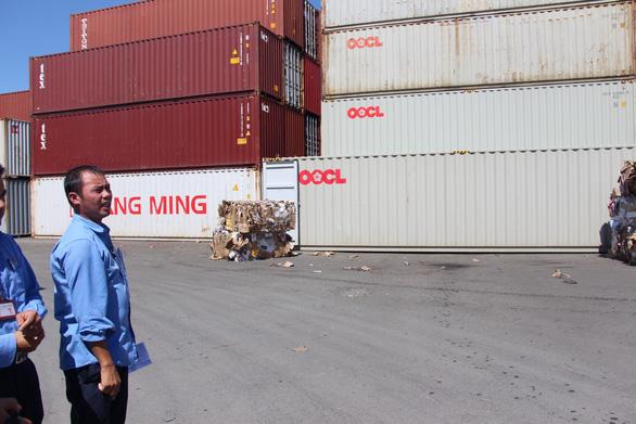 Họp khẩn các tỉnh giải quyết vụ hàng ngàn container ứ đọng vì thông tư - Ảnh 3.