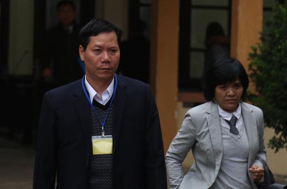 Bị cáo Trương Quý Dương doạ kiện Sở Nội vụ Hòa Bình - Ảnh 1.