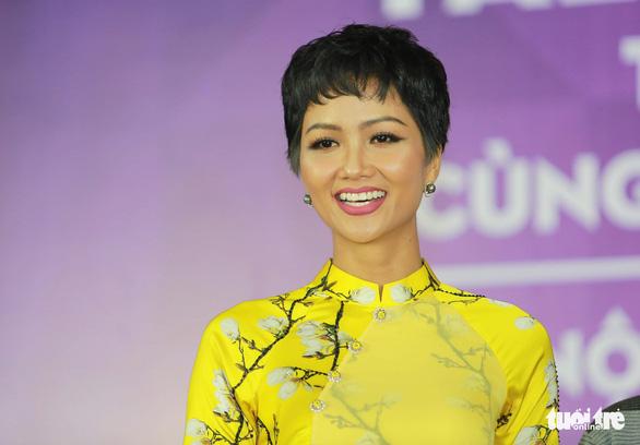 HHen Niê, Quang Hải là ứng viên nặng ký Gương mặt trẻ Việt Nam 2018 - Ảnh 1.