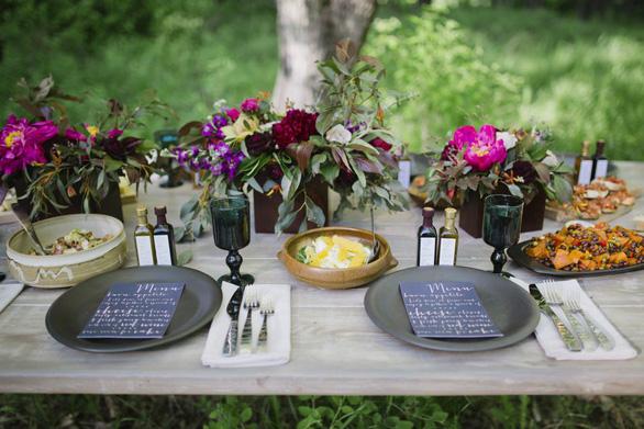 Mâm cơm gia đình: dạy con quy tắc hội nhập trên bàn ăn - Ảnh 3.