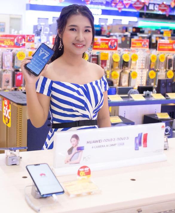 Giới trẻ hào hứng trải nghiệm AI Camera trên Huawei Y7 Pro 2019 - Ảnh 1.
