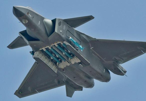 Bị tố ăn cắp công nghệ quân sự Mỹ, Trung Quốc nói tư tưởng chiến tranh lạnh - Ảnh 1.